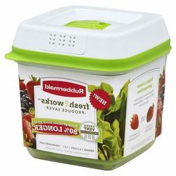 Rubbermaid FreshWorks 6.3 Cup Medium Produce Saver Food Stor