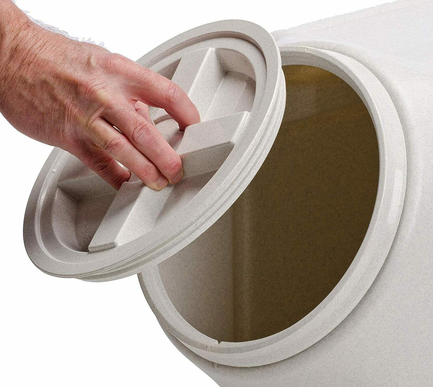 New Storage Airtight Stackable Outback