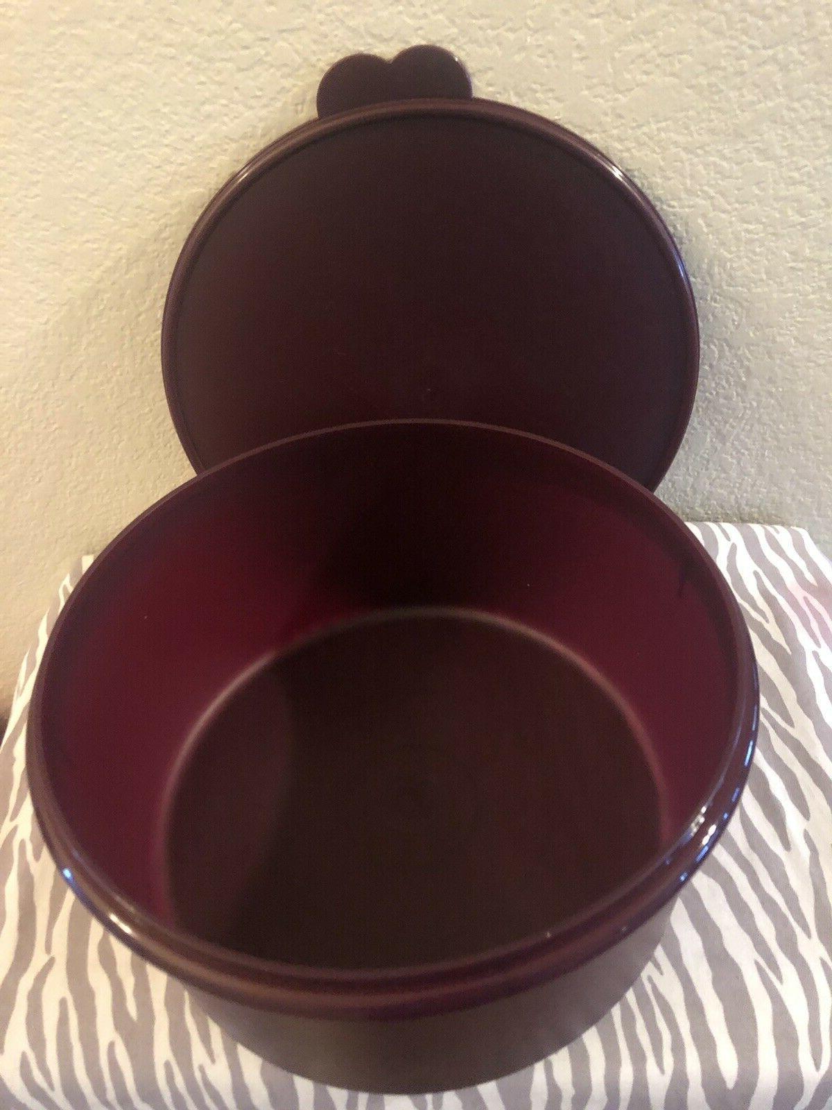 Tupperware Vintage / Food 42 Cups