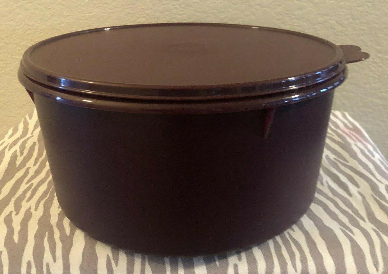 Tupperware / Food 42 Cups