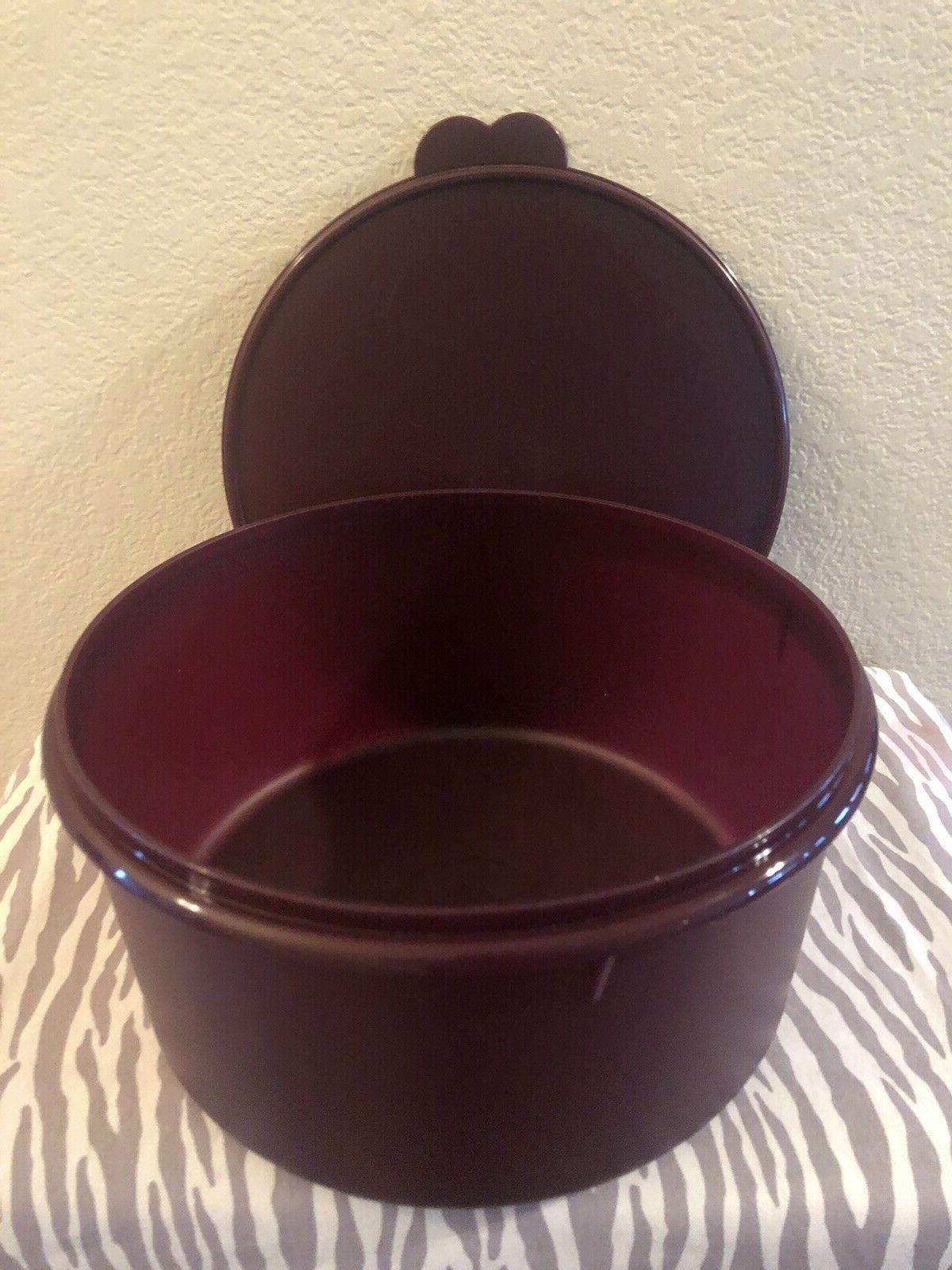 Tupperware Vintage / Storage 42 Plum